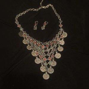 Jewelry - Silver V-shape necklace and earrings